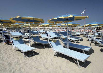 Italiaanse-ligbedden-strand