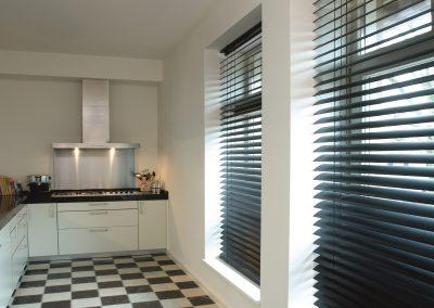 zonnelux-houten jaloezie-keuken2 (2)